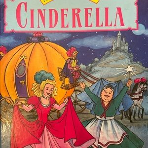✨3 for $12✨Cinderalla Fairy Tale Hardcover Book